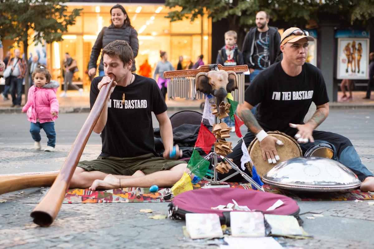 Didgeridoo a drum. Václavské náměstí. 25.9.2015